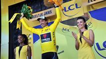 Fabian Cancellara glücklich auf dem Siegerpodest.