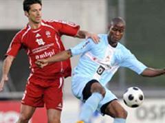 Der Italiener Giuseppe Aquaro (l) kommt in die Schweiz.