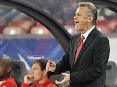 Trainer Ottmar Hitzfeld hat sich heute mächtig geärgert.