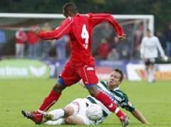 Thuns Luis Calapes gegen St. Gallens Moreno Merenda.