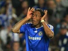 Didier Drogba traf gegen Arsenal doppelt.