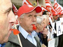Kundgebung gegen den Rentenabbau in Adliswil. (Archiv)