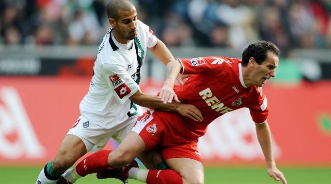 Gal Alberman foult Kölns Petit.