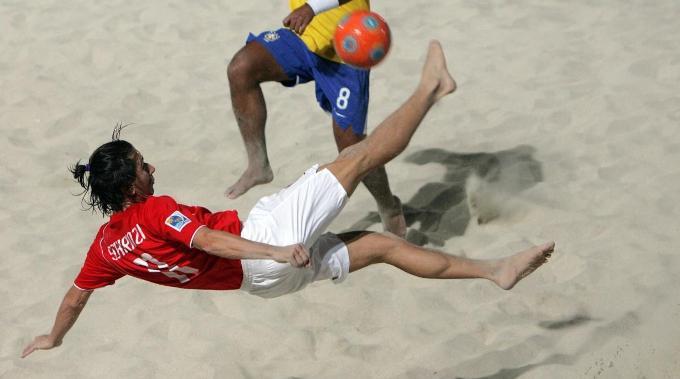 Angelo Schirinzi darf seine akrobatischen Einlagen erst im Halbfinale zum Besten geben.