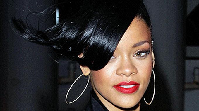 Rihanna präsentierte ihre neue Single 'Diamonds' im US-Radio. (Archivbild)