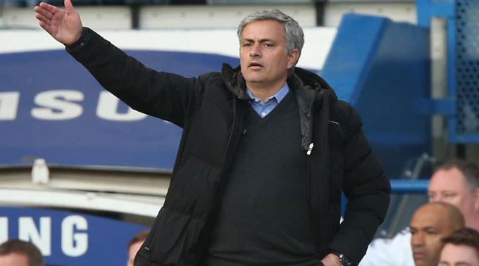 Bittere Premiere für Chelseas Trainer José Mourinho.