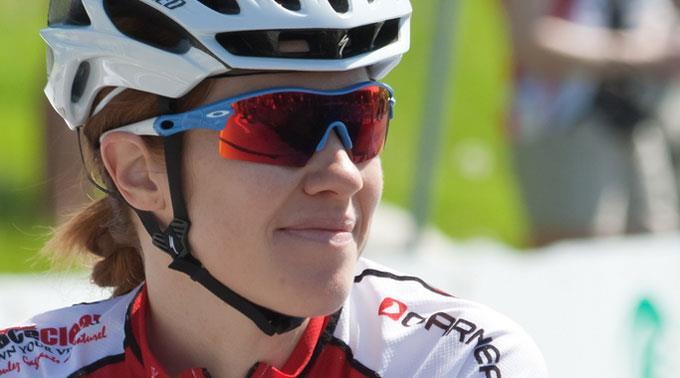 Clara Hughes gesteht Doping.